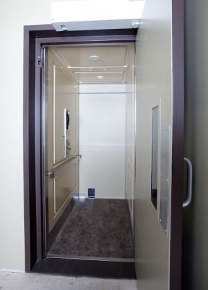 ar-130 commercial elevator