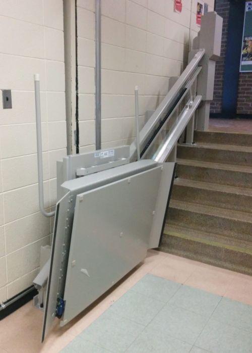 ac 105 stair lift