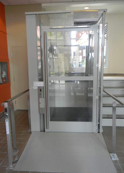 vista 355 commercial elevator