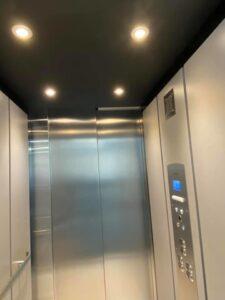 lockwood-interior-door-ceiling